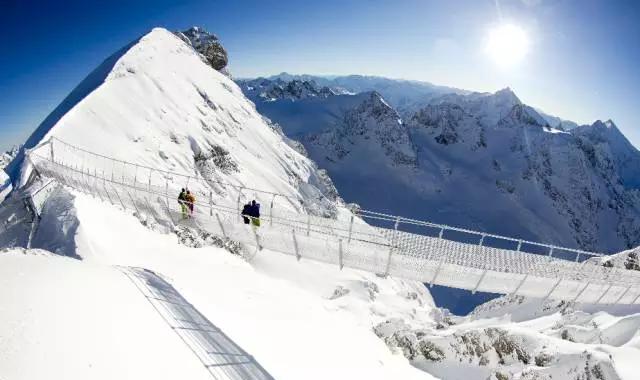 单板滑雪鞋_冰雪覆盖的阿尔卑斯,你不能错过的滑雪天堂! - 马蜂窝