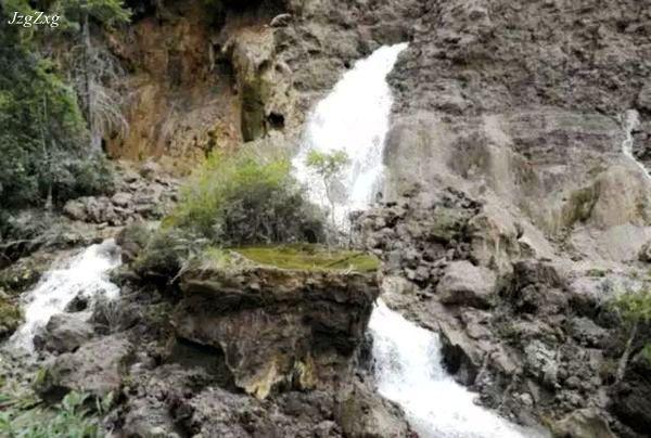 中国最宽的瀑布_世界上最壮观的十大瀑布排行榜
