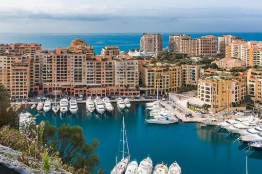 摩纳哥人均gdp_全球城市房价第一贵的摩纳哥,背后是啥力量支撑