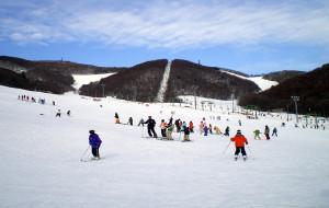 札幌娱乐-札幌藻岩山滑雪场
