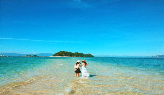 芽庄叠山岛沙滩路 天堂湾一日游