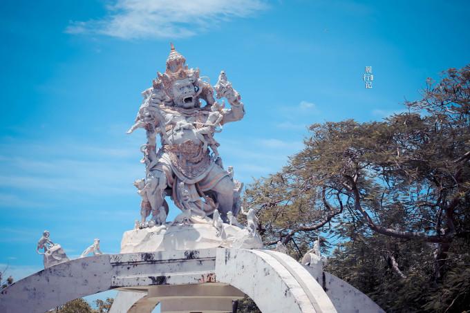神秘的宗教,顽劣的猴子,以及在巴厘岛的春节假期