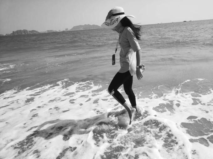 三亚湾的椰梦长廊海滩之人物各种拍~(2018年)