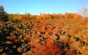【五大连池图片】秋的盛宴——五大连池之行(冰河,龙门石寨,药泉和火山口)