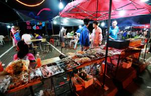 长岛美食-夜市烧烤街
