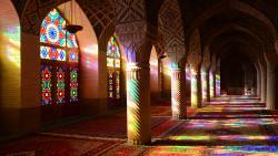 伊朗景点-粉红清真寺(Nasir-Ol-Molk Mosque)
