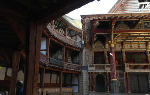 英国娱乐-莎士比亚圆形剧场