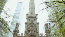 芝加哥景点-芝加哥水塔(Water Tower Place)