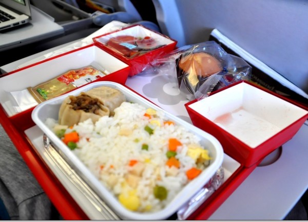 【飞机上的早餐】