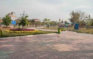 金边娱乐-Wat BotomVatey Playground