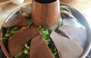 香格里拉美食-牦牛肉自助火锅