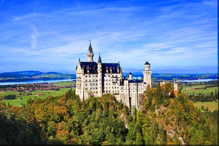 德意志联邦共和国,简称德国,位于欧洲中部的议会制和联邦制国家,由16图片