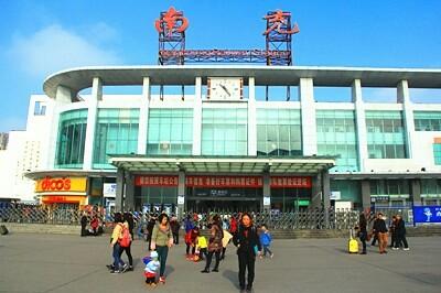 游遍中国旅行报告---青岛出发到中南西南乘火车深度